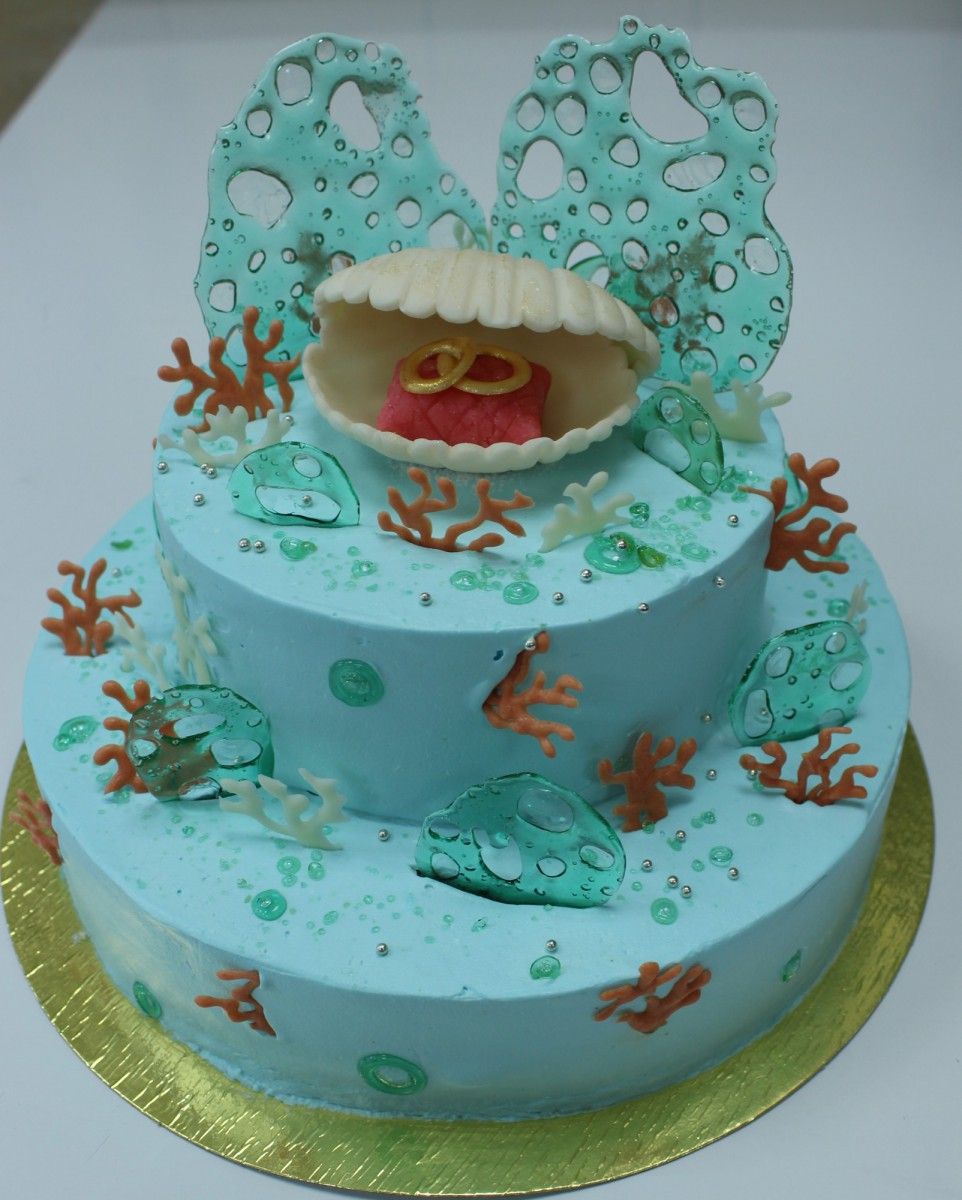 торт на коралловую свадьбу