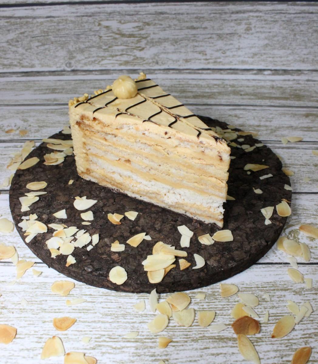 пирожное эстерхази ручной работы